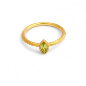 PALM & SEA 18 kt gold plated silver ring and green peridot