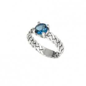 MARTINIQUE ring. Silver and natural London Blue topaz.